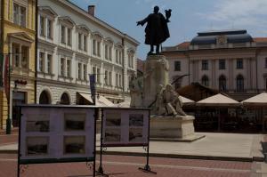 Lajos Kosuth, Klaus square, Szeged